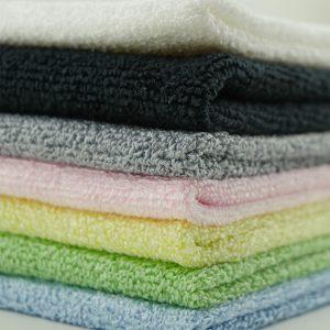 Reinigungstücher und Mopp